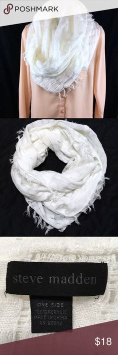 STEVE MADDEN White Infinity Scarf This scarf is in very good condition.  It has been gently preloved. Steve Madden Accessories Scarves & Wraps