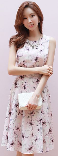 StyleOnme_Floral Print Belted Sleeveless Flared Dress