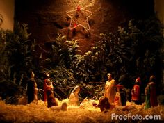 nativity scenes pictures | Nativity Scene pictures, free use image, 90-03-15 by FreeFoto.com