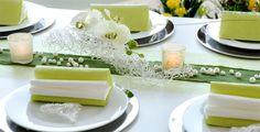 Tischdeko Hochzeit Grün/Silber. Eine Anleitung, wie Sie diese Tischdeko erstellen, finden Sie unter http://www.tischdeko-shop.de/Tischdekoration-zur-Hochzeit/Tischdeko-Hochzeit-Gruen-Silber/