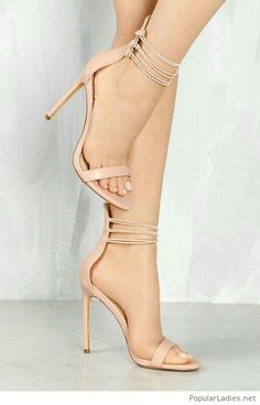7e9e737b263d Simple nude sandals design