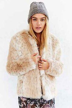 faux fur coat / jacket