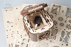 Treasure box - build your own secret box model by UGears. Self assembly kit. Wooden Puzzle Box, Wooden Puzzles, 3d Puzzles, Treasure Boxes, Box Building, Secret Box, Build Your Own, Decoration, 3 D