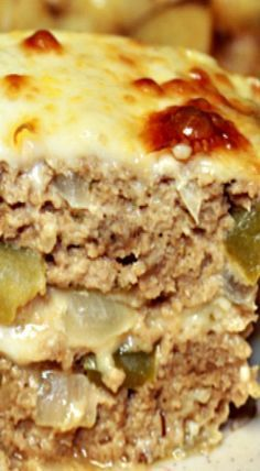 Philly Cheese Meatloaf - replace bread crumbs with Parmesan cheese to make low carb (Low Carb Meatloaf Recipes) Meat Recipes, Low Carb Recipes, Cooking Recipes, Recipies, Pureed Recipes, Atkins Recipes, Chicken Recipes, Low Carb Hamburger Recipes, Pureed Food