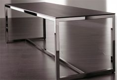 Modern-Minimalist-Dining-Table-Irons-by-Meridiani-2-554x382