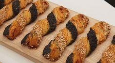 Birkes, sesam og chiliost er hovedingredienserne i denne udgave af bagerklassikeren. Frøsnapperne er holdt i sprød wienerdej, men med kraftig chilismag.