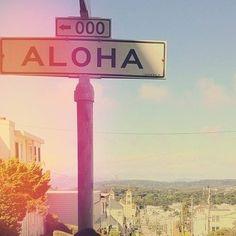 I'll meet you at the corner of Aloha and Mai Tai! #PinUpLive