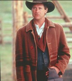 Manning Forbes in Carpetbagger's Wife - Bill Pullman