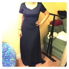 Evening Gown Model is 5'2, 27 inches. Great material, practically new condition. Navy blue. Long. (Make an offer!) Dresses Prom