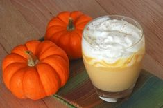 Pumpkin pie white hot chocolate, perfect drink recipe for Fall!