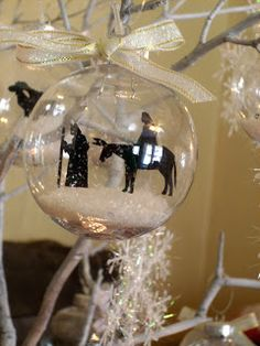 12 Days of Christmas Nativity Ornament Set Re-Do ~ Create it. Nativity Ornaments, Nativity Crafts, Christmas Ornaments To Make, Christmas Nativity, Noel Christmas, 12 Days Of Christmas, Homemade Christmas, Christmas Projects, Holiday Crafts