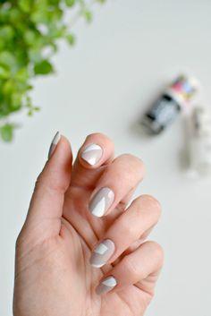 nails   minimal nail art   burkatron   DIY + lifestyle blog