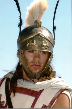 Jared Leto in Alexander, Hephastian! Jared Leto Alexander, Alexander Film, Jared Lato, Jared Leto Movies, Achilles And Patroclus, Greek Warrior, Shannon Leto, Star Wars, Alexander The Great