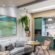 Projetos de casas adaptadas para idosos: cadeira com cantos arredondados Sims 4 Build, Sofa, Living Room, Building, Instagram, Inspiration, Furniture, Design, Home Decor