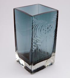 Lucullus vase by Nanny Still by twenty21, via Flickr