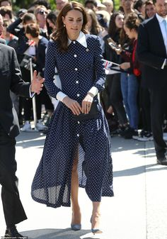 The Duchess of Cambridge looked elegant in a polka dot dress as she arrived at the home of the Second World War codebreakers at Bletchley Park today. Style Kate Middleton, Kate Middleton Dress, Kate Middleton Prince William, Princesa Kate, Duchesse Kate, Style Royal, The Duchess, Estilo Real, Queen Dress