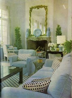 Billy Baldwin - Blue and white living room at La Fiorentina