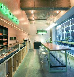 Boulangerie HOF KELSTEN par Zébulon Perron, Montréal, Québec. Photo : Amielle Clouâtre. Source : Design Montréal.