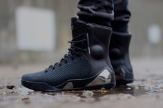 """Nike Kobe 9 High KRM EXT """"Black Mamba"""" (Detailed Pictures)"""