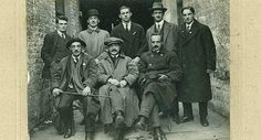 An original photographic print showing Cork IRA leaders in Cork in 1918 at Adam's history sale: Front (l-r): Tadgh Barry; (back) David Cotter; Terence MacSwiney and Paddy Trahy. Ireland 1916, Potato Famine, Irish Republican Army, Easter Rising, Michael Collins, Ireland Homes, Irish Celtic, Irish Eyes, Ireland Travel
