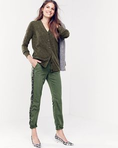 J.Crew women's classic V-neck cardigan sweater, Rhodes blazer in puppytooth, Sunday slim chino in sequin tuxedo stripe and Collection Dulci calf hair kitten-heel pumps. To pre-order, call 800 261 7422 or email verypersonalstylist@jcrew.com. J Crew Style, My Style, Slim Chinos, Professional Outfits, Weekend Wear, Simple Outfits, Look Fashion, Pants For Women, How To Wear