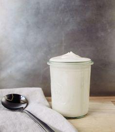 Basic Cashew Sour Cream recipe! So simple and it lasts 4-6 days in the fridge !