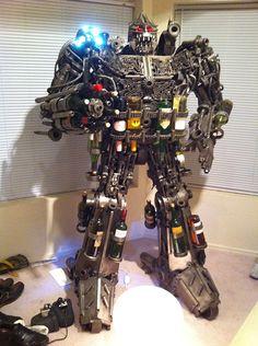 1,000-pound robot wine rack ready to terrorize the tipsy