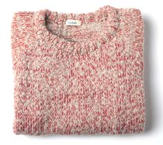 Luxurious mix of alpaca , organic wool and extrafine merino for a super soft , warm and comfy jumper. Round neckline and raglan sleevesMaterials: 70% Organic Wool, 25% Alpaca , 5% Extrafine Merino WoolLa mezcla de alpaca , lana orgánica y merino extra fino hacen de este jersey un lujo, extra suave, muy calentito y cómodo.  Cuello redondo y mangas raglan. Materiales: 70% Lana Orgánica, 25% Alpaca, 5% Lana Merino Extrafina