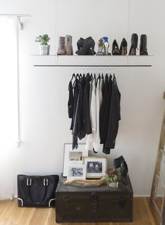 How to start a minimalist lifestyle starting in your closet. In this how-to, you will pair down your clothing and begin your own capsule wardrobe complete with the necessities, options, and means to still be stylish, but minimal at the same time. With these tips, you are going to be a storage and organization pro!