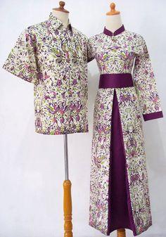 Batik Sarimbit Gamis cantik, Bahan kombinasi batik halus & satin velvet (ungu polos), kancing depan, karet belakang, variasi obi lepas, tanpa foring  Kode : SBUS2 Harga : 240.000/Sepasang Size Gamis: M, L, XL Size Kemeja : M, L, XL  Untuk pemesanan sms 085866366052