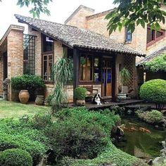 Cottage House Designs, Village House Design, Village Houses, Cottage Homes, Rest House, Tiny House Cabin, Farmhouse Design, Modern Farmhouse, Brazil Houses