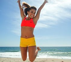 Beach Body Workout -- Say hello to summer with 13 fat-burning exercises created by a top trainer from NBC's The Biggest Loser. Full Body Hiit Workout, Summer Body Workouts, Fat Burning Workout, Fun Workouts, Workout Fitness, Workout Circuit, Workout Mix, Workout Ideas, Body Fitness
