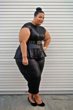With these babes, bigger is ALWAYS better! Look Plus Size, Curvy Plus Size, Plus Size Women, Curvy Girl Fashion, Plus Size Fashion, Plus Size Dresses, Plus Size Outfits, Garner Style, Plus Sise