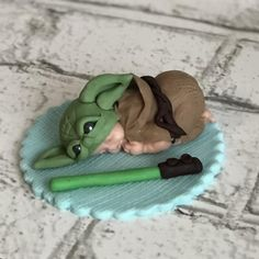 This listing is for one baby in Yoda themed outfit 2 long with light saber on a base * Fondant Cake Toppers, Fondant Baby, Yoda Cake, Star Wars Nursery, Star Wars Baby, Gum Paste, Baby Shower Cakes, Beautiful Cakes, Just For You
