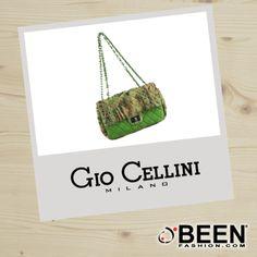 Vuoi dare un po' di colore a questa primavera? Compra una borsa come questa: #GIOCELLINI in diverse tonalità, solo su #BeenFashion! http://www.beenfashion.com/it/gio-cellini-borsa-clutch-stampata.html?utm_source=pinterest.com&utm_medium=post&utm_content=gio-cellini-borsa-clutch-stampata&utm_campaign=post-prodotto