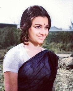 Asha Parekh, Bollywood, Classic, Beauty, Cosmetology, Classical Music