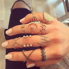 Boho jewelry :: Rings bracelet necklace earrings flash tattoos :: For Gypsy wanderers Free Spirits :: See more untamed bohemian jewel inspiration Cute Jewelry, Boho Jewelry, Jewelry Accessories, Fashion Accessories, Jewelry Design, Fashion Jewelry, Jewlery, Jewelry Rings, Diamond Are A Girls Best Friend