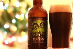 O Natal está quase aí! E nada como comemorar a chegada do bom velhinho com uma Black IPA sensacional da OverHop! A DarkHop possui 80 IBU e você mal consegue perceber de tão densa e cremosa que é. <3  Parabéns @overhopbrewing !   #Cerveja #CervejaArtesanal #Cervejeiro #Cervejas #CervejasArtesanais #Beer #Beers #CraftBeers