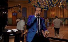 Derek doing Live Oreo commercial ❤ screencaps by: purederekhough