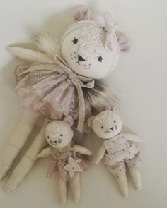 New dolls in the shop Handmade Stuffed Animals, Fabric Animals, Fabric Toys, Creation Couture, Cat Doll, Sewing Dolls, New Dolls, Fairy Dolls, Doll Crafts