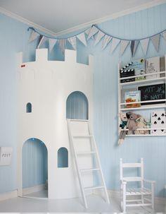 une petite cachette dans le château fort de sa chambre