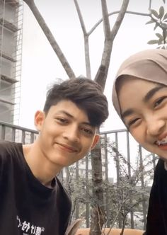 Cute Couples Photos, Couple Pictures, Cute Relationship Goals, Cute Relationships, Night Sky Wallpaper, Ulzzang Couple, Couple Photography Poses, Best Couple, Couple Goals