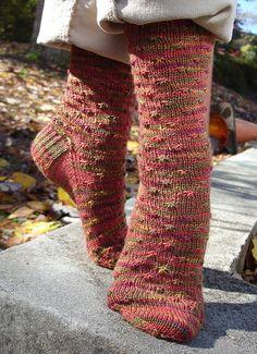 Ravelry: Wildflower Socks pattern by Fawn Pea free patterns