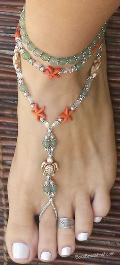 Tortugas ♡ If you are a sea turtle fan or just ♡ the sea, this is a perfect foot jewelry piece for you. ~ Handmade ✿ Foot Jewelry • Barefoot Sandals • Anklets • Bracelets #anklet