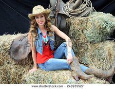Cowgirl Stockfotos und -bilder | Shutterstock