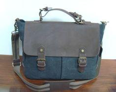 Les sacoches de la boutique CetaelleCetalui. Cuir et toile pour l'homme et la femme. #cuir #sacs #sacoches