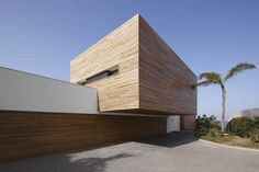 A wood-cladded dream house in Almunecar