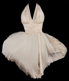 """Another view of the dress designed by Travilla for Marilyn Monroe in """"The Seven Year Itch"""" (1955)."""