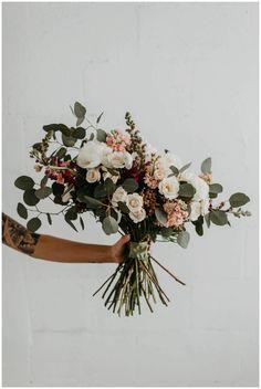 Wabi Sabi Bridal Bouquet — Truvelle