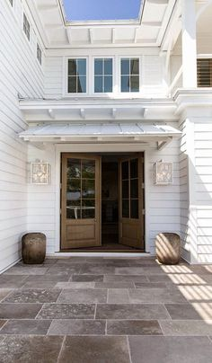 {The Staging Scoop}: The Best Exterior Lighting for Selling Your Home